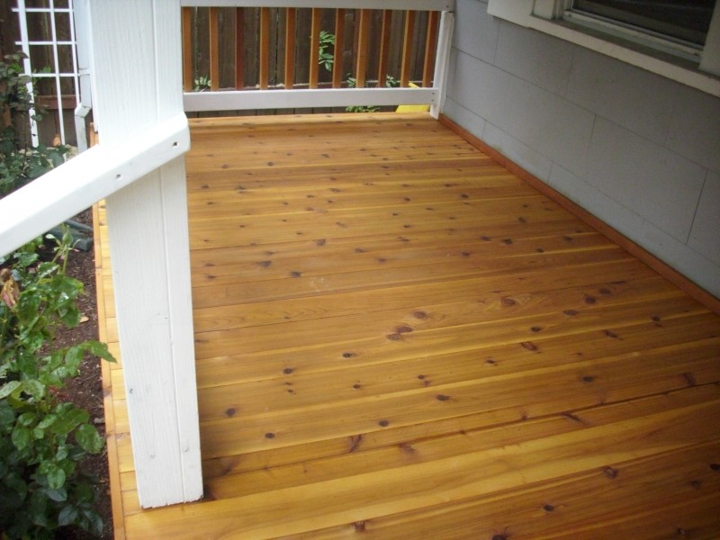 Trilak trin t aqua id j r s ll selyemf ny zom ncfest k - Tongue and groove exterior decking ...
